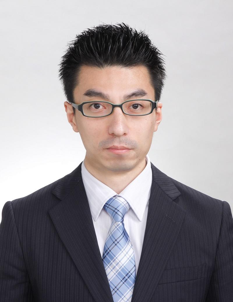 安藤 真寿